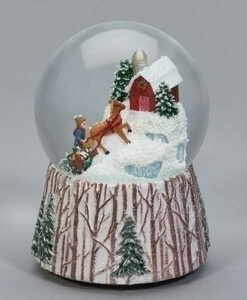 Musical Christmas Scene Glitter Dome